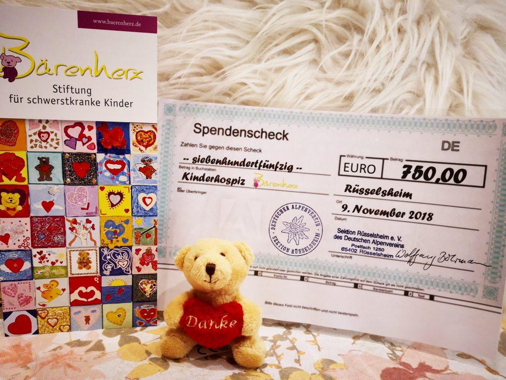 Spende in Höhe von 750 Euro an die Stiftung Bärenherz